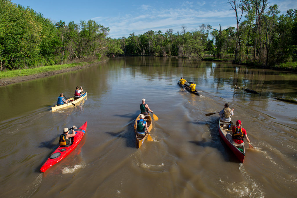 Kayaking and canoeing on the Red River