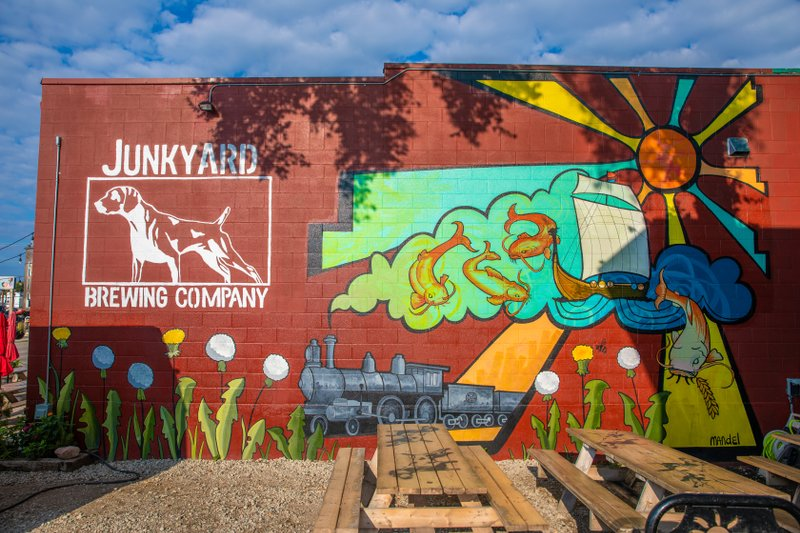 Junkyard Brewing building mural